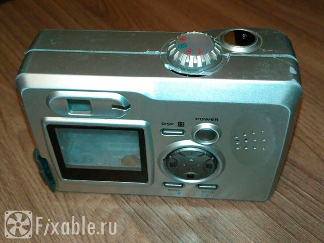 Разбираем цифровой фотоаппарат RoverShot - вид сзади