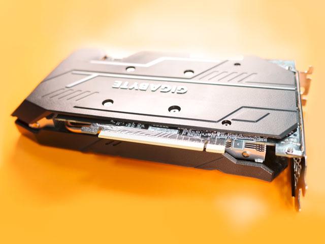 Пластиковый бэкплейт видеокарты GTX 1660 OC от Gigabyte