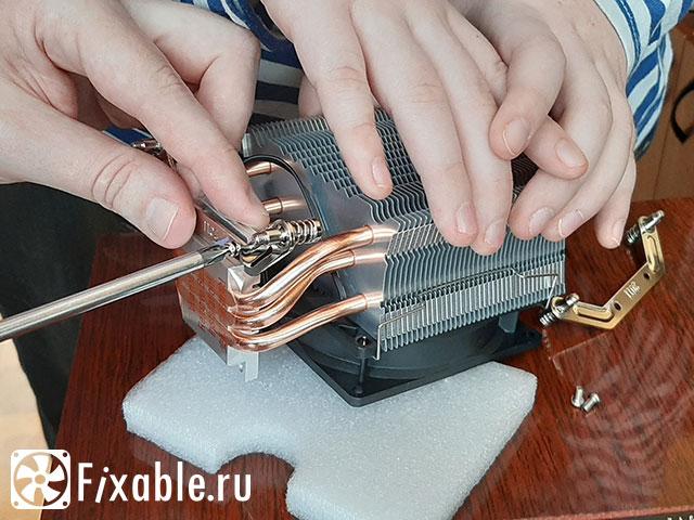 Установка креплений кулера для сокета LGA2011