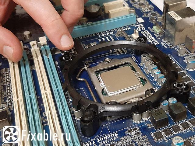 Установка переходника для кулера процессора 1155
