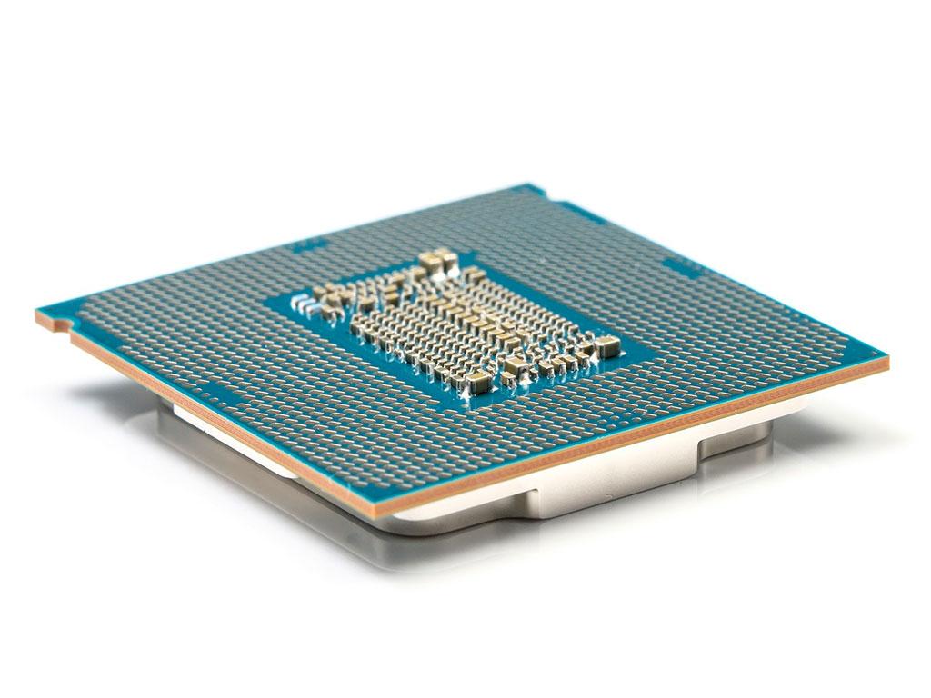 Тыльная сторона процессора