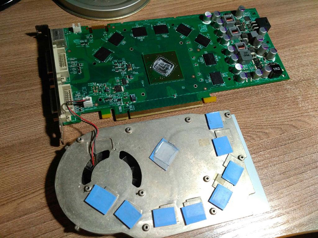 Замена термопасты и термопрокладок на видеокарте 9600 GT